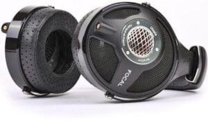 dynamic-headphones-300x184.jpg